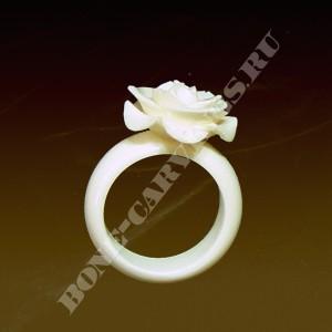 кольцо из кости мамонта раковиной Акватон